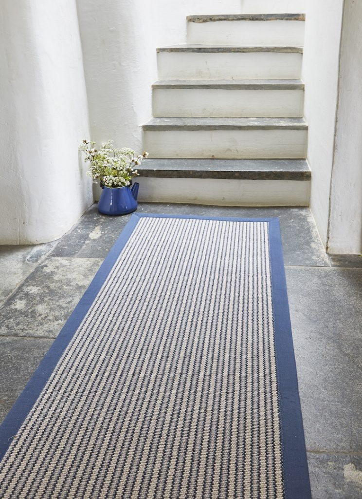Wool Devonian Raleigh with Cotton Blue Border